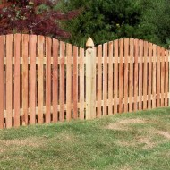 wood_shadowbox_fence_1